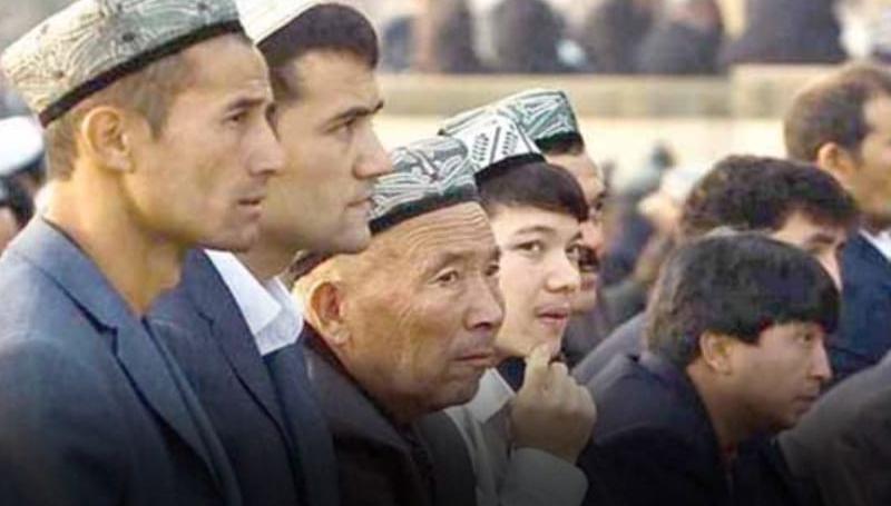 Tersandera Investasi dan Utang, Pemerintah Tak Bersuara soal Muslim Uighur