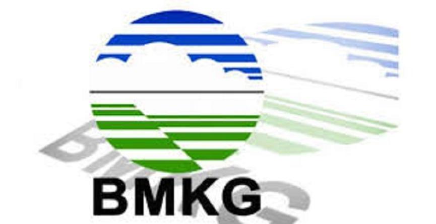 Peringatan Dini BMKG - Gelombang Tinggi 23-25 Desember, Hindari Wilayah Ini…