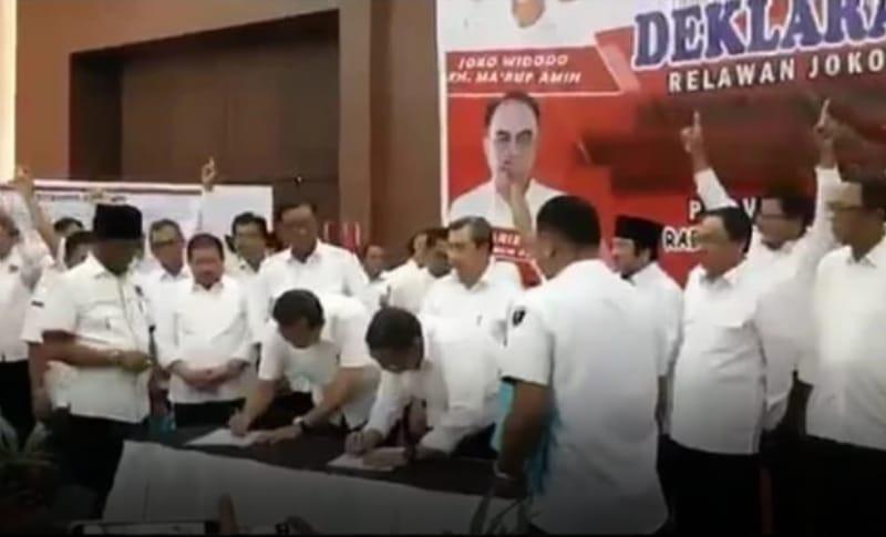 Viral, Video Sejumlah Kepala Daerah di Riau Salam 1 Jari, Jokowi Diminta Adil